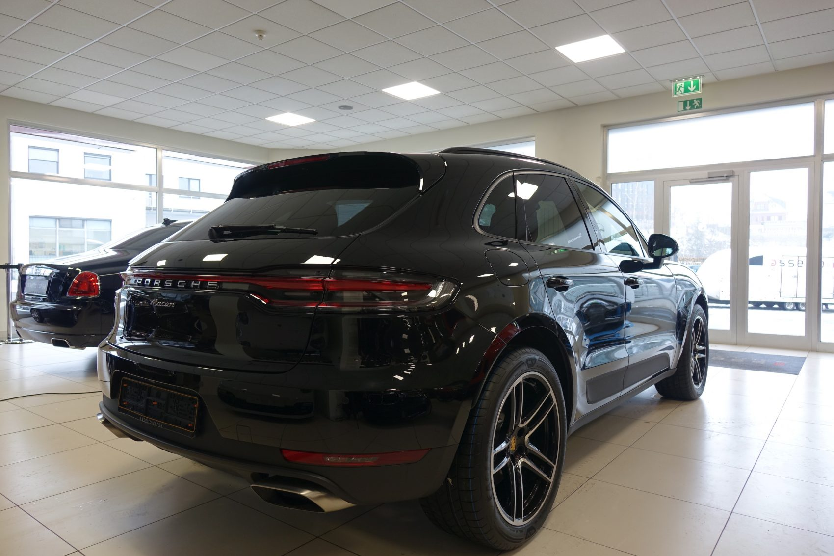 Porsche Macan Assetto Corsa