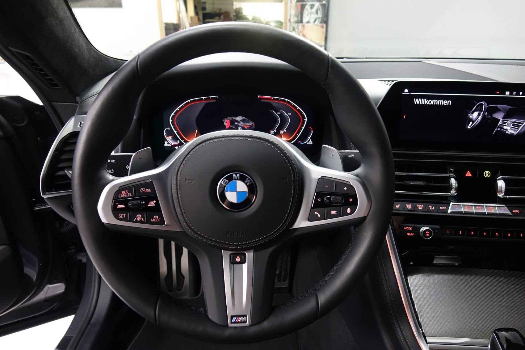 BMW - 840D XDRIVE COUPE M-SPORT - Assetto Corsa